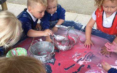Science fun in Nursery.