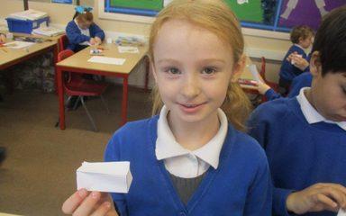 Constructing 3D shapes