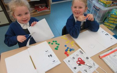 Doubling and Halving in Robins