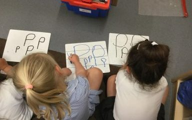 Phonics fun in nursery