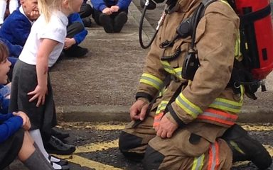 KS1 surprise fire brigade visit
