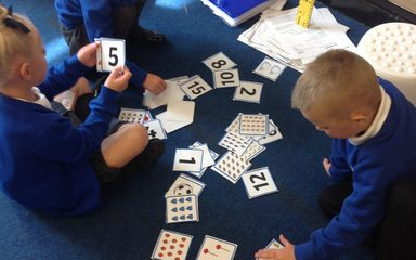 Matching numerals to amounts