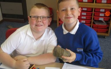 LKS2 are Rock detectives